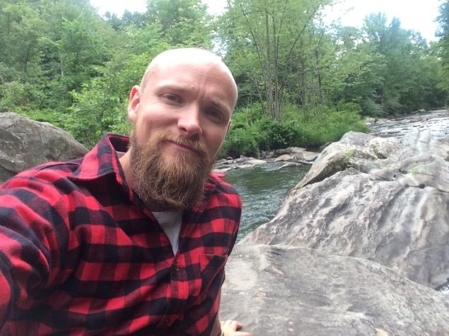 Dette bildet er fra Vermont. Dette er et lite vannhull bak 'The Old Red Mill' i Jericho. Jeg pleide å bade her med venner i gode, gamle dager. Tok meg en dukkert nå også :)